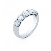 18K White Gold White Diamond Band