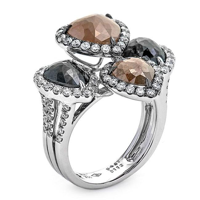 18K White Gold Fancy Diamond Ring