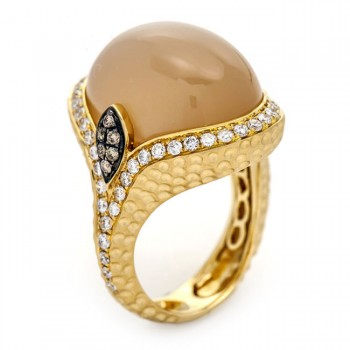 18K Yellow Gold Beige Moonstone Ring