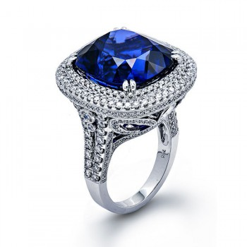 18K White Gold Tanzanite Band